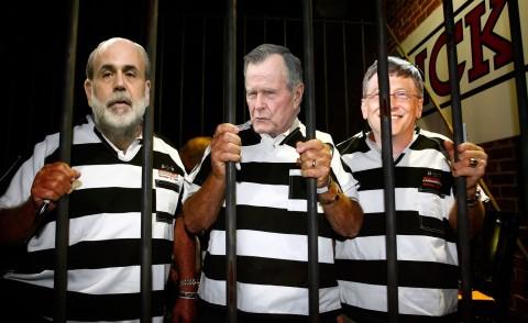 illuminati-gangsters-in-jail